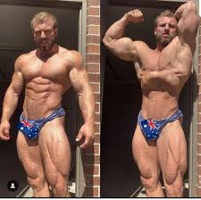 Adam Roch is setting the standard for aesthetics down under! : bodybuilding