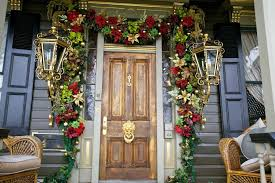 E ExteriorFancy Red Flowers Christmas Garland Decorating Ideas For Brown  Wooden Front Door Combine With