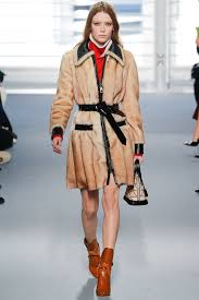 louis vuitton 2015. louis vuitton fall-winter feminine and must-have 2018 2015