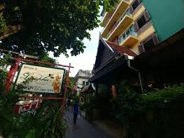 Lamphu Tree House Boutique Hotel 2017 Room Prices Deals Lamphu Treehouse Bangkok