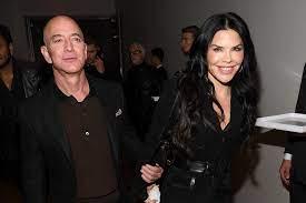 Jeff Bezos' affair with Lauren Sanchez ...