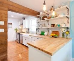 Wood laminate kitchen countertops Cutting Board Kitchen Homedit 20 Gorgeous Examples Of Wood Laminate Flooring For Your Kitchen