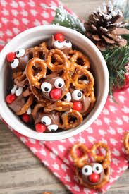 rolo pretzel reindeer these tasty treats are perfect for the holiday season and so easy