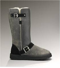 Women UGG Classic Grand Dylyn 1001204 Gray Boots