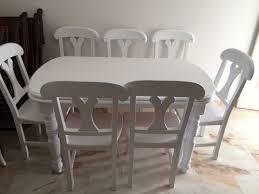 Restauracion de mesa y sillas edor lacadas en blanco semimate