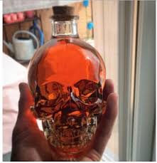 geek glass skull bottle creative crystal skull vodka wine bottle whiskey glass bottle decanter shaker bottle
