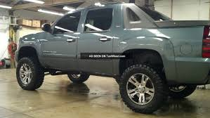 2008 Chevrolet Avalanche - Information and photos - ZombieDrive