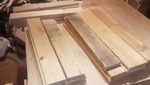 picture of simple pallet wood crates