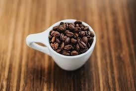 This lends the coffee superior yet predictable taste. Light Roast Vs Dark Roast Coffee Comparing Taste Caffeine And Beyond Coffee Bros