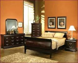 Wall paint for brown furniture Light Green Paint Colors For Dark Brown Furniture Wall Colors For Brown Furniture Bedroom Colors With Brown Furniture Ariyesinfo Paint Colors For Dark Brown Furniture Paint Colors To Match Brown