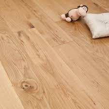 smart choice engineered oak flooring 14 2 5mm x 180mm matt lacquered 1 37m2