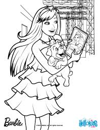 Keira Chats On Her Tablet Coloring Pages Hellokids Com
