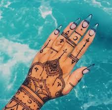 Tetování Hennou Cena