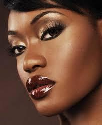 adver foundation shades women with dark skin