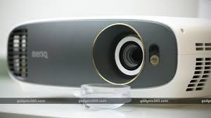 <b>BenQ W1700</b> 4K HDR Home Projector Review | NDTV Gadgets 360