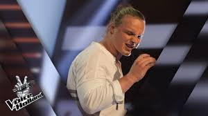 David van Rooij in The Voice of Holland - Sterren op TV