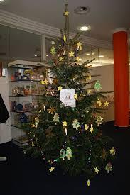Weihnachtsbaum Schmücken Kindergarten Harmonie