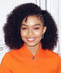 Wash And Go Hairstyles 34 Awesome How Yara Shahidi Cares For Her Naturally Curly Hair