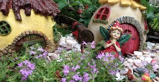 garden figures. Garden Figures