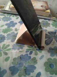 diy life make an ipad stand out of a carton box