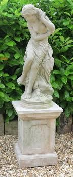 garden cast stone venus dess statue
