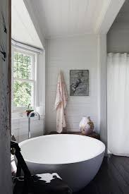 Space Saving Bathtubs Freestanding Or Built In Tub Which Is Right For You
