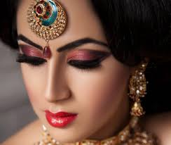 the web is full of many tutorials and tips for the bridal makeup but here it s a bit diffe look more