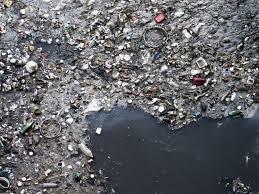 Resultado de imagen para oceano lleno de plastico