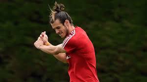 Get the latest on the welsh winger. Walisischer Sturmerstar Gareth Bale Wenig Real Madrid Aber Viel Golf
