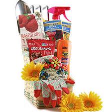 gardening gift baskets gardening gift