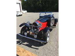 Replica of a late 1927 bugatti speedster. Aflom Y 17kmxm