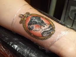 почему чешется татуировка и что с этим делать информационное