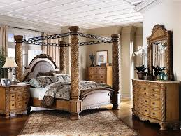 Romantic Mirrored Canopy Bed Decoration — Ccrcroselawn Design
