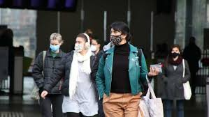 Hotel worker at melbourne airport had tested negative on thursday before developing symptoms. Mapping Covid 19 Spread In Melbourne Shows Link To Job Types And Ability To Stay Home Abc News