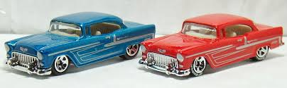 Two Lane Desktop: Hot Wheels 1955 Chevy Bel-Air and Nomad