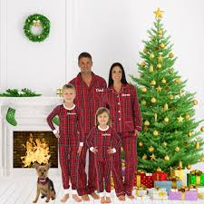 Family Christmas Picture Matching Family Christmas Pajamas Popsugar Moms