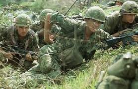 Us Army Platoon Details About Vietnam War U S Army Platoon Under Fire Outside Saigon 1969 8 5x11 Photo