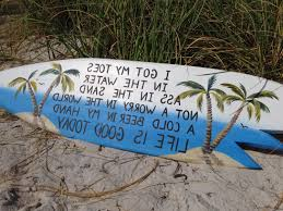 cur i got my toes in the water surfboard sign beach bar decor life
