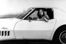 why loving joan didion is a trap