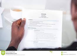 Handing In A Resume In Person