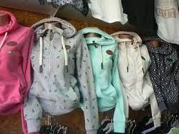 """Фирма """"рико ес eоод е с основна дейност търговия на едро с дрехи втора употреба в страната и чужбина. Esennata Stoka Veche Po Obshinski Pazari Dimitrovgrad Facebook"""