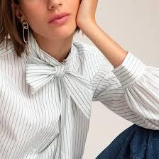 <b>Блузка</b> с галстуком-бантом и длинными <b>рукавами</b> в бело-синюю ...
