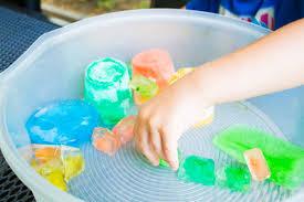 Bunte Eiswürfel Riesiger Sommerspielspaß Familiede