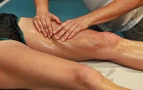 Resultado de imagen de masaje deportivo ciclista