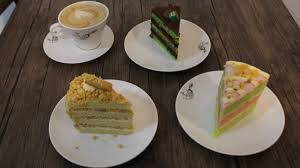 Cake is a form of food, typically a sweet, baked dessert. Kenikmatan Cake Fusion Cita Rasa Jajan Tradisional Reborn Project Media