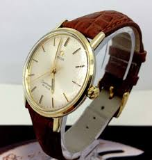 men s vintage watches how to buy vintage uk add style and elegance instantly