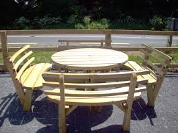 round picnic bench