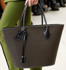 louis vuitton bags 2017 black. louis-vuitton-spring-summer-2017-runway-bag-collection- louis vuitton bags 2017 black
