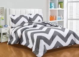 super soft 2pcs reversible grey white zig zag chevron comforter set twin twin xl