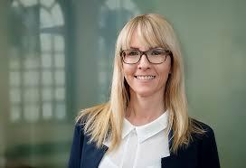 Stefanie Müller-Dreißigacker – IWH - Leibniz-Institut für ...